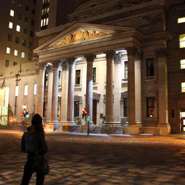 Night time view of Bank of Montreal