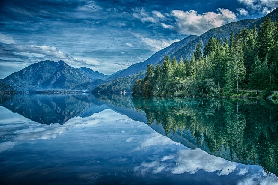 Morning at Crescent lake in Olympic National Park