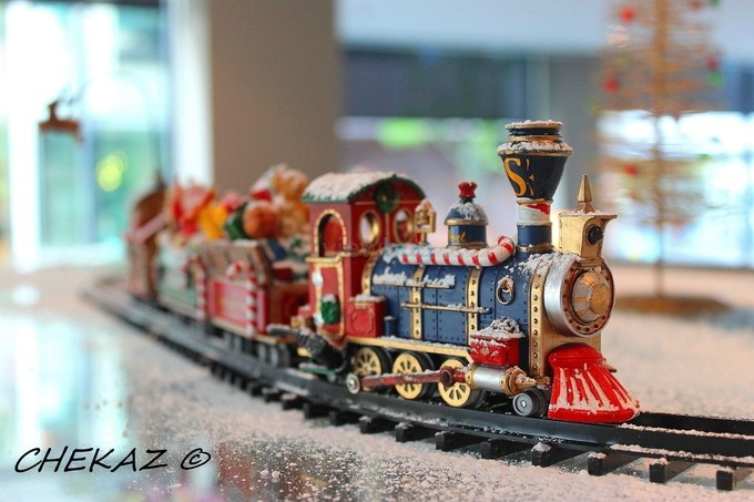 Christmas Train by chrisjohnking - 300 Toys Photo Contest