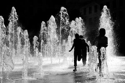 Parisien ghosts