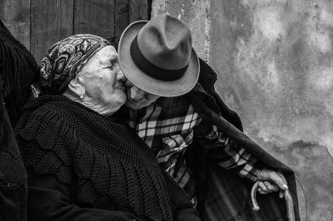 Real Love by maxlaurenzi - Couples In Love Photo Contest