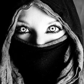 This photo represents a world that I dream of; where the acceptance of all cultures and religions is expected. Covering the face allows the viewe...