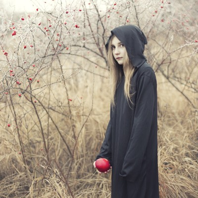 The Girl with the Apple
