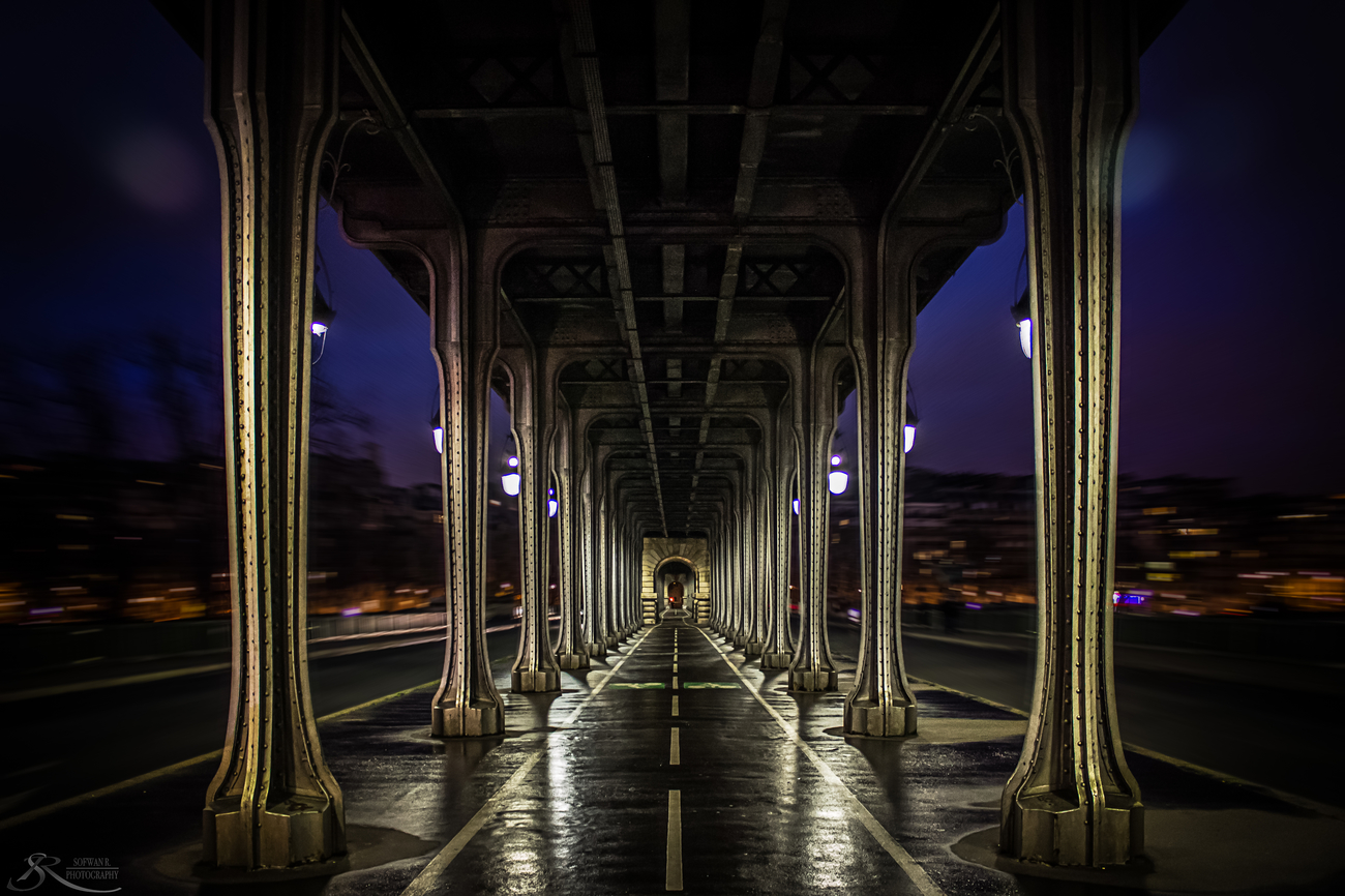 50 Creatively Composed Shots of Streets & Architecture
