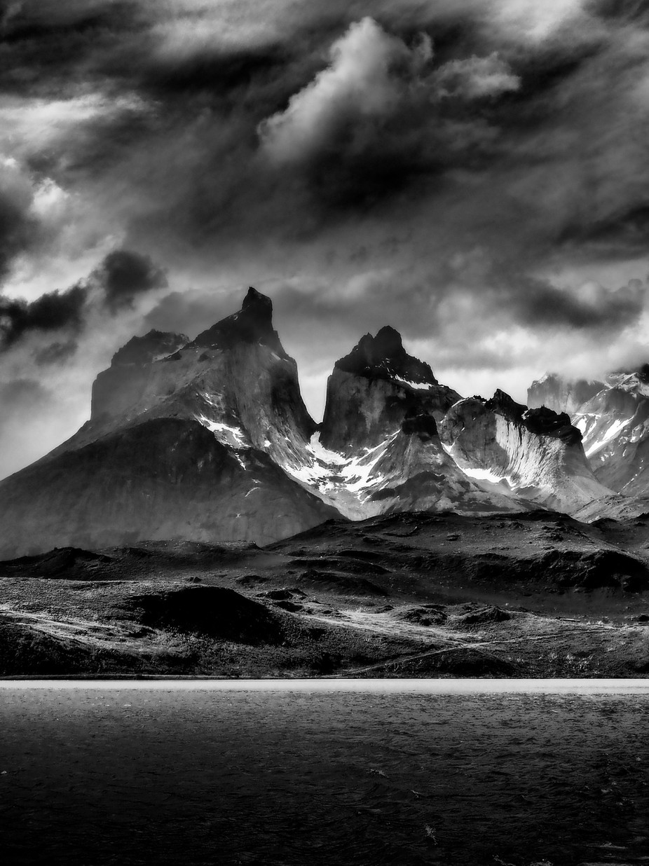 The Burnt Peaks of Torres Del Paine by Cashman - Black And White Mountain Peaks Photo Contest