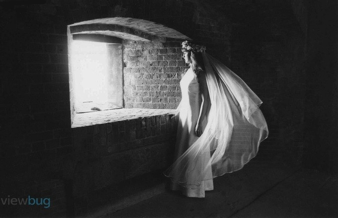 Waiting for romeo by creativefreedomphoto - Beautiful Brides Photo Contest