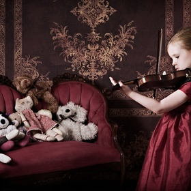 This little girls mom let me know she wanted some photos with her playing violin.  I envisioned the girl pretending to be grown up playing a conc...
