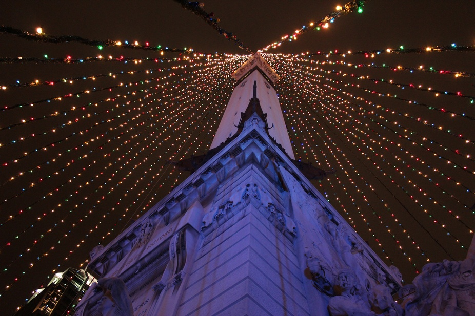 The World's Largest Christmas tree in Indianapolis at the Soldier's and Sailor&...