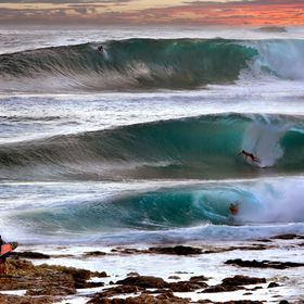 huge north west swell hit oahu on west side of island called