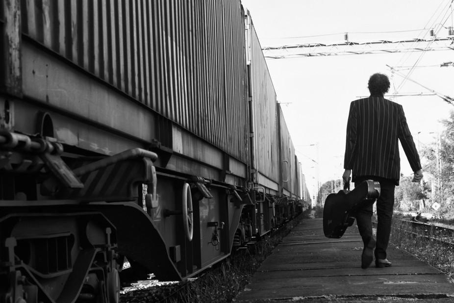 train, blues, guitar, men, railroad