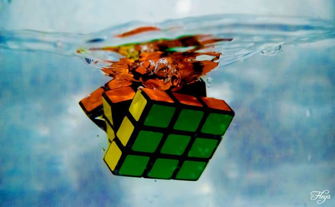 Drowned Rubik's cube by LittleFleya - 300 Toys Photo Contest
