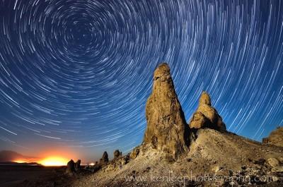 Trona Glow Star Trails