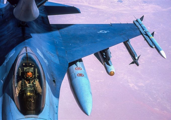 F16 refuel above desert, by DenisT - Aircrafts Photo Contest