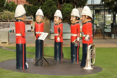 Wooden Band Statues, Geelong Foreshore