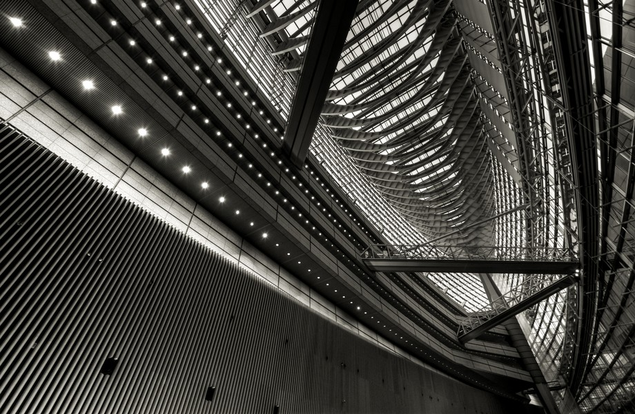 fascinating atrium of Tokyo International Forum