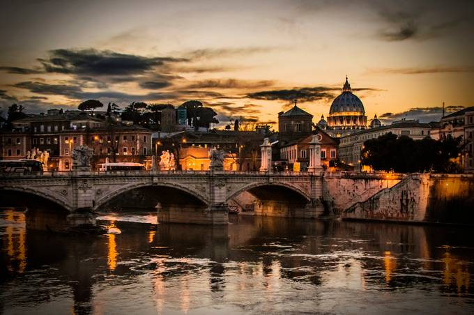 Tevere by Tomek - Magical Light Photo Contest