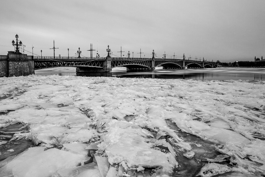 The Trinity Bridge was opened in 1903 as part of the celebrations of St. Petersburg\'s 200th anniv...