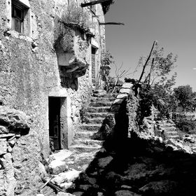 An ancient village named Niska, on Cres island (Croatia) contains a number of locally typical, now dilapidated houses. While a sad view, per se, ...
