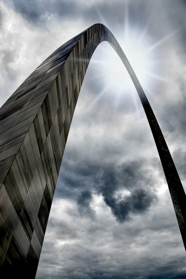 The Gateway Arch by tressiedavis - Skywards Photo Contest