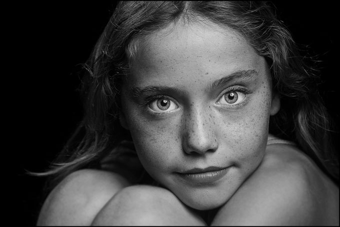 Robyn BW portrait by adrianchinery - Faces Photo Contest by Focal Press