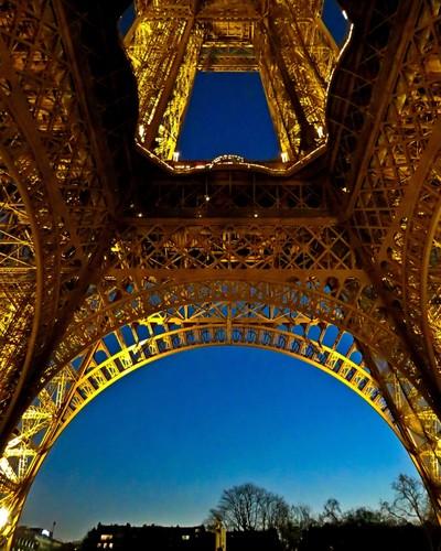 Parisian Twilight