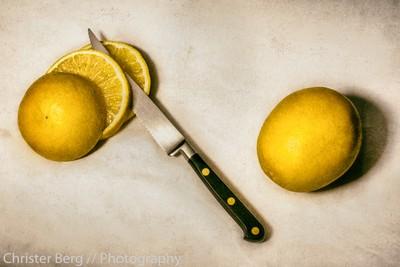 Lemons & Knife