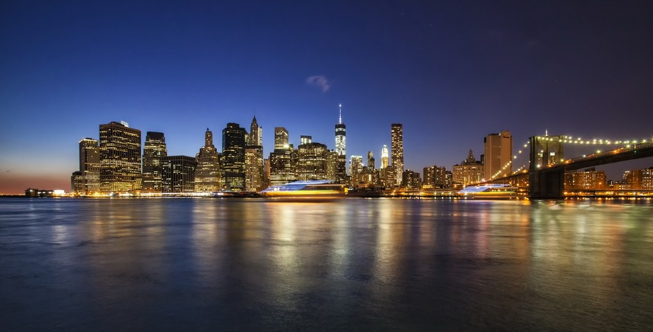 I was with a friend from Taiwan in the 10F freezing winter at the Brooklyn Bridge Park when I got...
