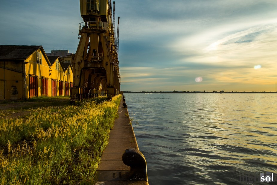 Porto Alegre is the capital of Rio Grande do Sul state of Brazil. It has a pier in downtown that ...