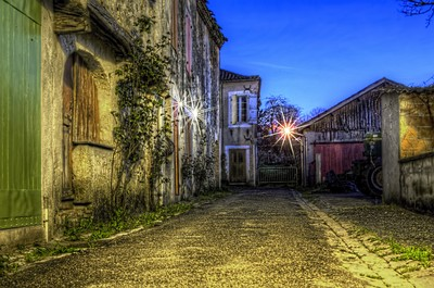 Last sun in the Alley