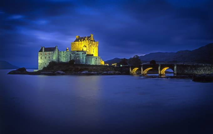Eilean Donan Castle by Jimwy - Enchanted Castles Photo Contest