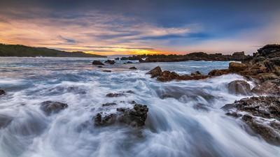 Symphony Of Wave