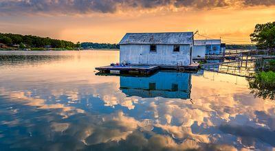 Sunrise on Bluestem Lake