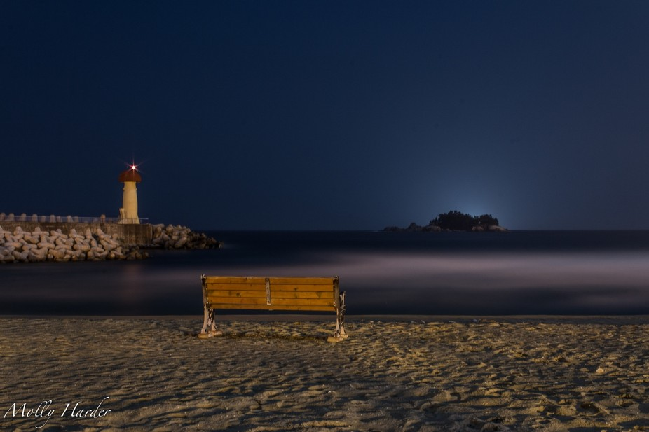 A 20-minute long exposure of the East Sea.