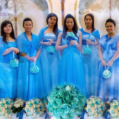 These are the Bridesmaids and Maid of Honor in Gulmatico-Gonzaga wedding. They are so gorgeous. The photo was taken at Polomolok, Philippines.