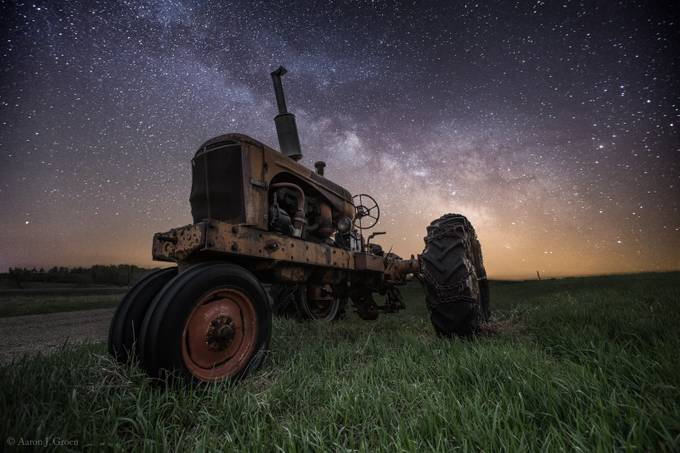 Farming the Rift 4 by aaronjgroen - Lost In The Field Photo Contest