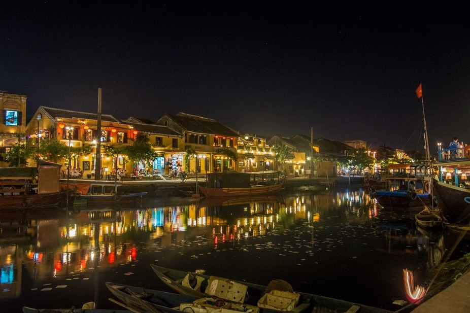 Hoi An River side by night