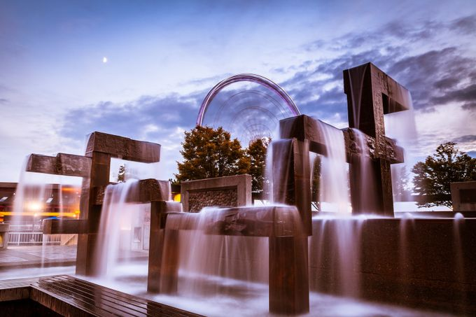 Waterfront Fountain with the Great Wheel, Seattle by scottwilson - Twisted Lines Photo Contest