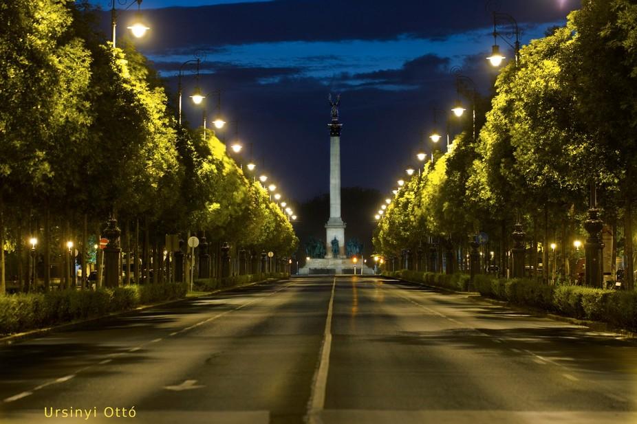 Dawn on avenue