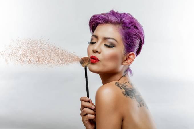 Blow! by zetlog - Showcase Lips Photo Contest