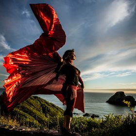 One of my favorite people to photograph, Chakeeta Fire, dancing on the wall at Houda Point in Humboldt County.