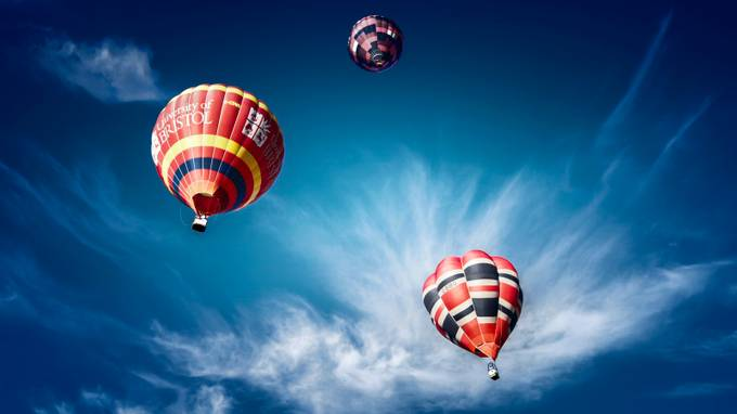 by GrahameRickard - Show Balloons Photo Contest