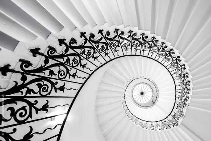 The Fibonacci spiral by GTorre_PH