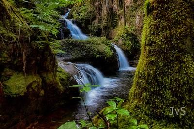Unama Falls