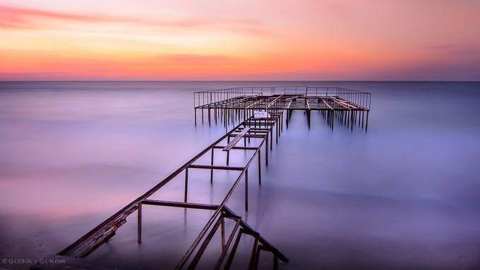 Calmness by q-liebin - Composing with Diagonals Photo Contest
