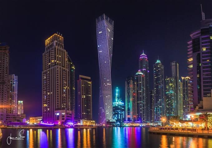 Twisted Building, Dubai by jasonmatias - City Views Photo Contest