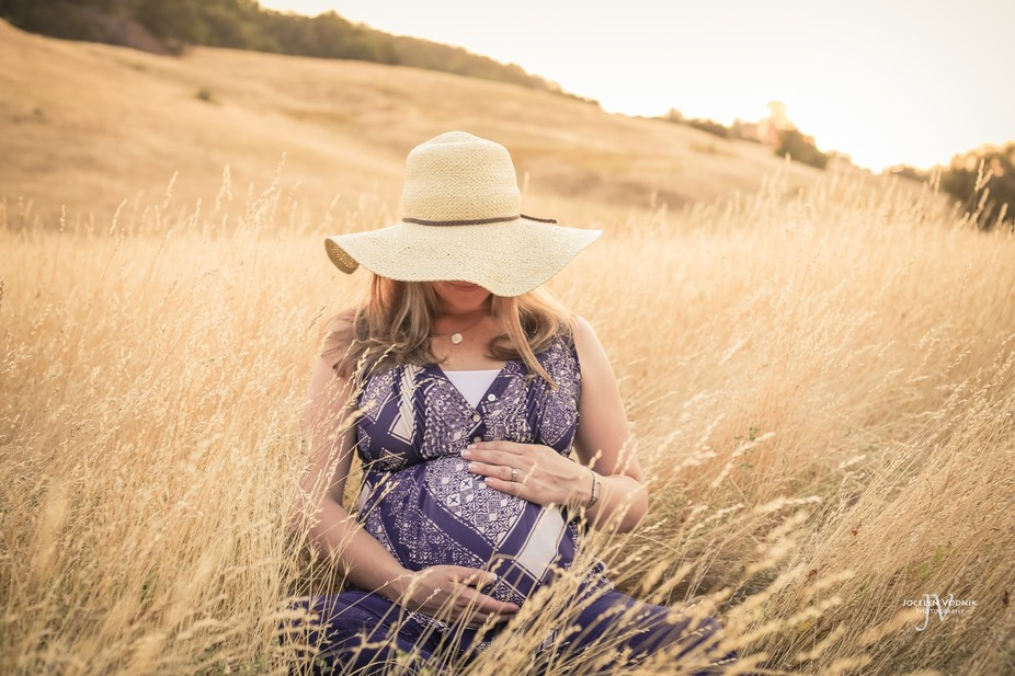 This maternity picture was taken in the golden hills of California.