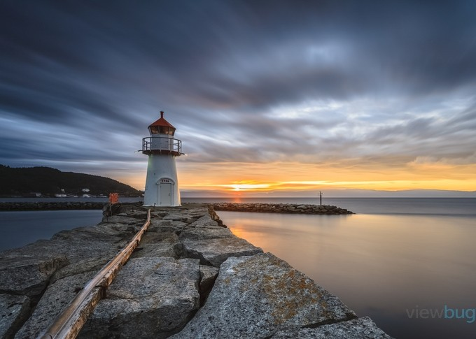 Ila Lighthouse by KnutAageDahl - Cloud Painting Photo Contest