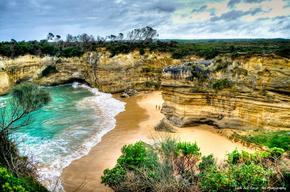 Loch Ard Gorge . Great Ocean Road  Let\'s say WOW~Love this beautiful scene!