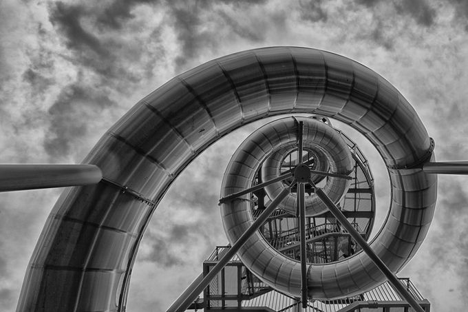 just slide by oliverschael - Spirals And Composition Photo Contest