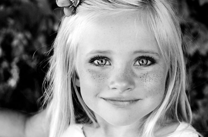 lilly by rachelknorris - Epic Black and White Photo Contest